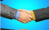 Sales-lead-handshake-170