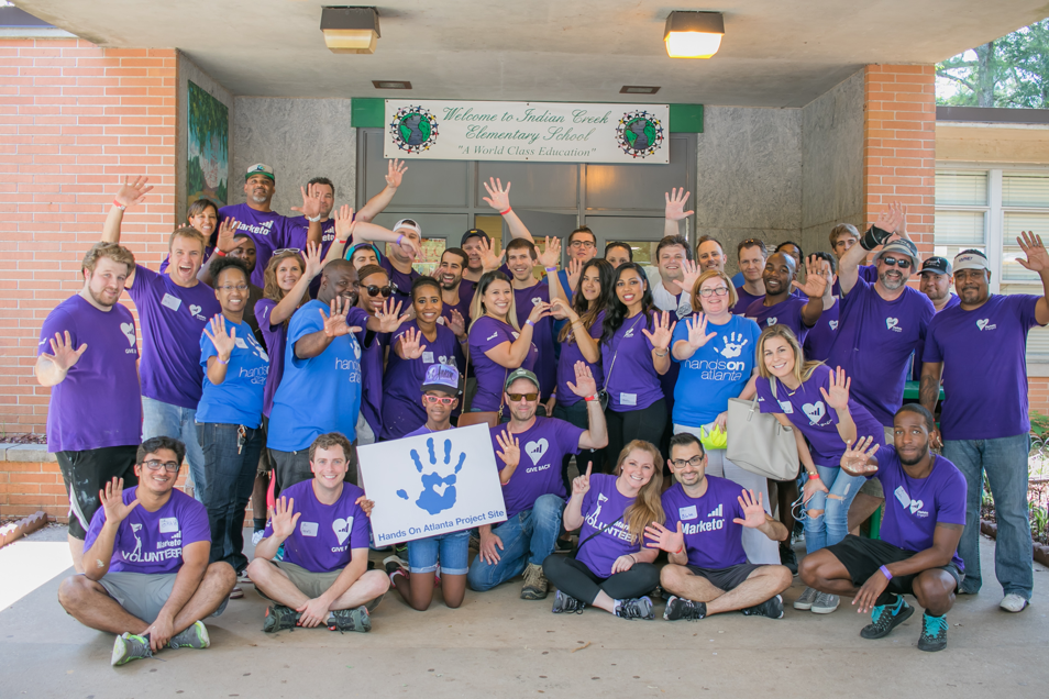 Marketo employees volunteering in Atlanta